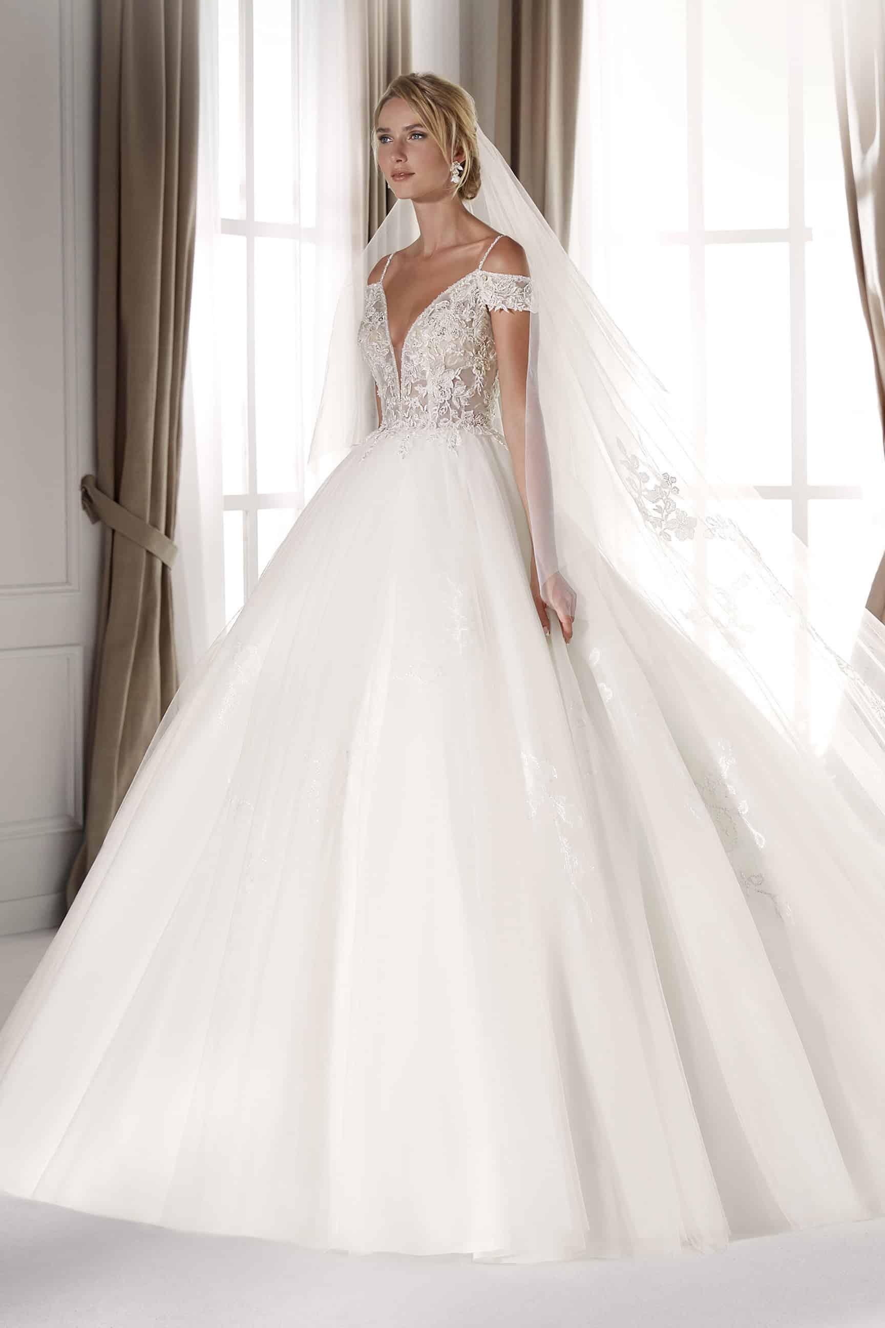 Modernes Prinzessinen-Brautkleid  Nicole Milano NIA18