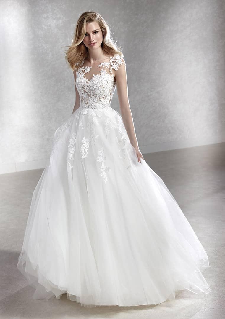 modern Brautkleid im Prinzessinen Stil  White One Felicidad Bilder